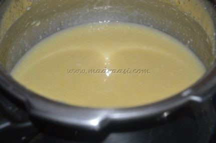 Pressure-cooked moong dal