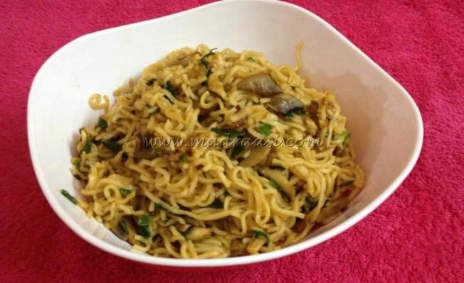 Noodles with Mushroom and Lemon Dressing