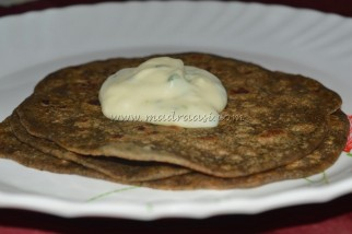 Spinach Paratha with Mashed Potato Dip