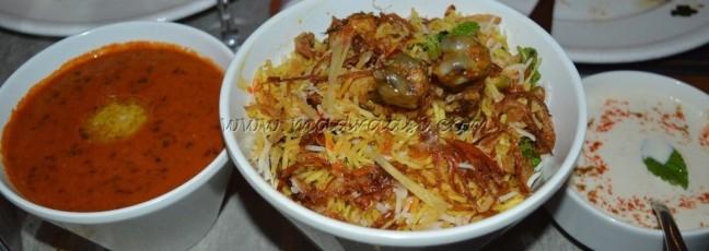Hyderabadi Murgh Biryani with Raita