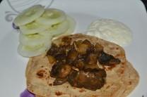Garlic Mushroom Fry with chapathi, curd/yogurt and cucumber slices