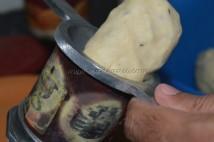 Dough into the mould