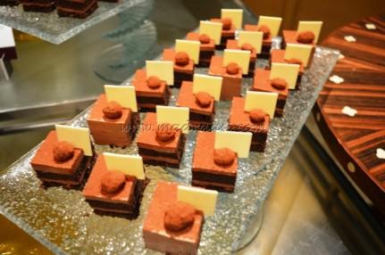 Chocolate cake with Hazelnut Icing