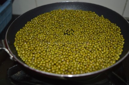 Mung bean getting roasted