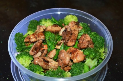 Asian Salad with chicken and lemon coriander dressing