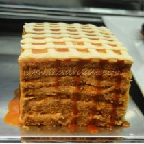 Apple Cinnamon and salted Caramel cake