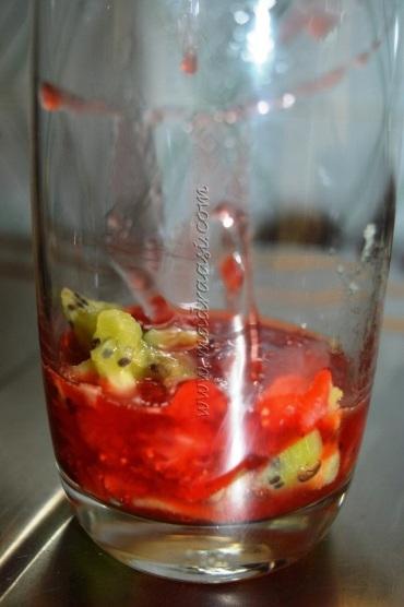 Kiwi and strawberry syrup