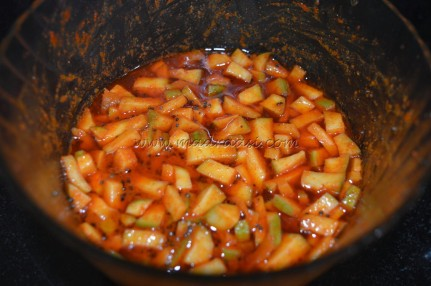 Temperd oil getting mixed to the soaked mango