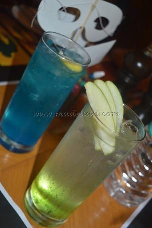 Mocktails - Green Apple and Berry Cooler