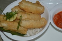 Sesame golden fried fish with garlic sauce