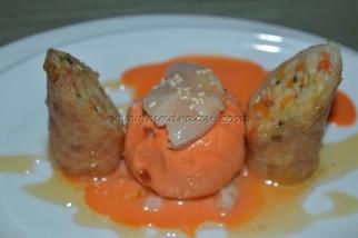 Crispy fresh fruit rolls with sesame and honey