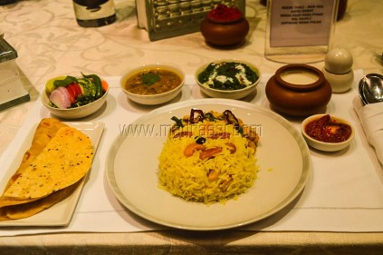 Ruchi Thali for business class at Singapore Airlines (Non-veg)