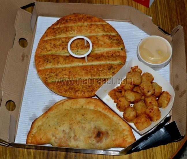 Garlic Bread Sticks, Potato Poppers and Paneer Pockets