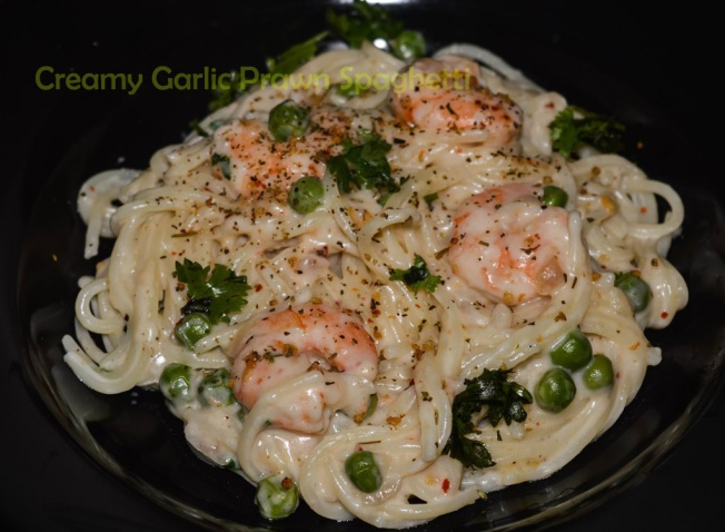 Creamy Garlic Prawn Pasta recipe, Creamy Garlicky Prawn Spaghetti recipe, prawn pasta, pasta recipe, spaghetti recipe, creamy garlic prawn spaghetti recipe, garlic prawn pasta recipe, Indian seafood pasta recipe, Indian seafood recipe, tamil pasta recipe, tamil seafood recipe, tamil cuisine