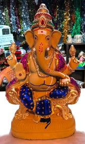 After seeing too many ganesha, this was the one picked by us